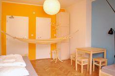 Vynikajúce a lacné ubytovanie v centre Bratislavy http://www.patiohostel.com/cena-ubytovania-bratislava