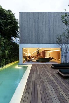 awesome Modern Brazilian home embraces transparency and nature by http://www.danazhome-decor.xyz/modern-home-design/modern-brazilian-home-embraces-transparency-and-nature/