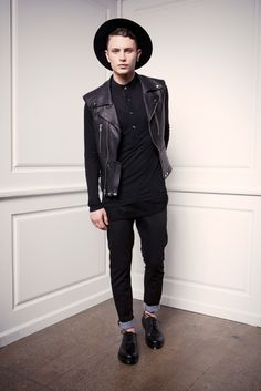 I'd totally rock this look. #mens #fashion #different