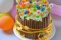 Kitchen Stories: Spring Birthday Cake Chocolate Spread, Chocolate Wafers, Cocoa Drink, Blue Food Coloring, Pretty Cakes, Summer Desserts, Icing, Cake Recipes, Birthdays