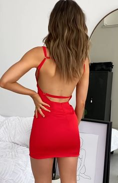 Red mini dress - Star Treatment Party Mini Dress Red Satin M – Red mini dress Dresses To Wear To A Wedding, Hoco Dresses, Modest Dresses, Sexy Dresses, Dress Outfits, Fashion Dresses, Red Homecoming Dresses, Cute Dresses For Party, Peplum Dresses