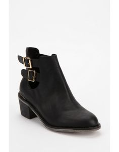 Ecote Gordon Boot #refinery29