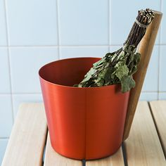 A set for the serious sauna lover. Rento Orange Sauna Bucket & Ladle Gift Set