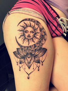 Tattoos Arm Mann, Sun Tattoos, Body Art Tattoos, Sleeve Tattoos, Tatoos, Thigh Sleeve Tattoo, Thigh Piece Tattoos, Girl Thigh Tattoos, Tattoo Neck