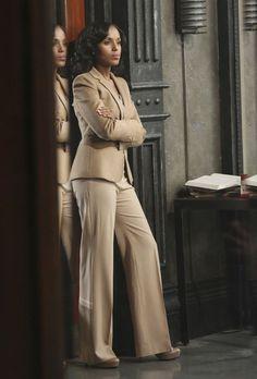 Les plus beaux looks d'Olivia Pope - Femme d'Influence