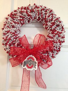 Ohio State Buckeyes Wreath--make with polka dot OSU wooden letters