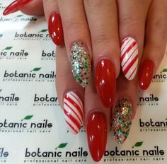 50 best christmas acrylic nails images pretty nails christmas manicure nail art