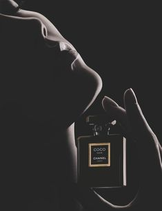 Karlie Kloss Stars is the Face for the Latest Chanel Perfume #karliekloss trendhunter.com