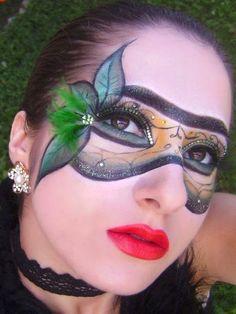 Continuo a série de maquiagem de carnaval . Mostro mais 20 sugestões de make up  para a festa de Momo . Assim, quem vai reinar é você! ...