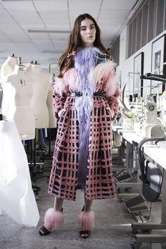 Barbra Kolisanki London College of Fashion MA student, London Fashion week 2014 AW Fashion Art, High Fashion, Fashion Show, Fashion Design, Crazy Fashion, Fashion Images, Style Fashion, Fashion Trends, London College Of Fashion