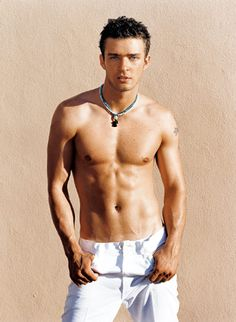 Justin Timberlake - Hot well beyond his N'Sync years Hommes Sexy, Gorgeous Men, Beautiful People, Beautiful Boys, Beautiful Things, Celebrity Crush, Cute Guys, How To Look Better, Celebs