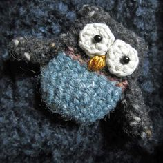 ($) Silly Owl Brooch, crochet pattern for purchase
