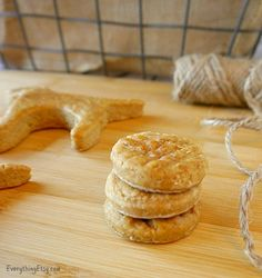 Homemade Dog Treat Recipe–Peanut Butter Cookies...easy to make a big batch and save!