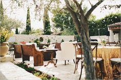 cadeiras variadas e ao ar livre ♥