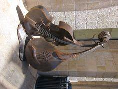 String Instruments (Mamilla Mall Jerusalem)