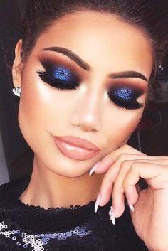 Bestes Smokey Eye Make-up - Prom Makeup Black Girl Eye Makeup Glitter, Blue Eye Makeup, Smokey Eye Makeup, Sparkly Eyeshadow, Orange Eyeshadow, Glitter Gif, Dewy Makeup, Eyeliner Makeup, Mac Makeup