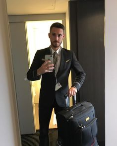 From @sergi_133 Come fly with me let's fly let's fly away  #work #flightattendant #cabincrewlife #cabincrew #fly #lovethewayyoufly #paris #madrid #nofilter #crewiser #flying #airplane #travel #pilot #airhostess #stewardess #layover #avgeek #flightcrew #aviation #flightattendants #airlines #crewlifestyle #cabincrewlifestyle #airlinescrew #crewfie #airline #aircraft #steward #cabinattendant