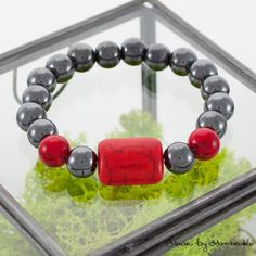 FREE SHIPPING Stretch Bracelet made with black by MadeByMarchewka