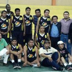 Mueren cinco basquetbolistas tras fatal choque en México