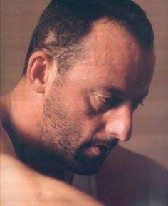 Jean Reno - Léon - The Professional Jean Reno, Casablanca, Work In French, The Professional Movie, Deep Set Eyes, Face Profile, Roman Polanski, Face Expressions, Keith Richards