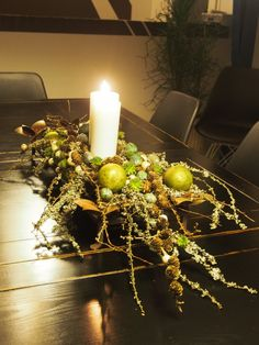21 nov 2014 igen 028 Bohemian Christmas, Nordic Christmas, Diy Christmas Tree, Simple Christmas, Christmas Fabric, Christmas Countdown, Christmas Candle Decorations, Christmas Flower Arrangements, Christmas Candles