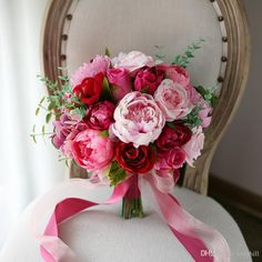 Red and Pink Roses Peony Wedding Bouquet Boeket 2018 Artificial Flowers Bridal Bouquet Bride Brooch Ball Bouquet De Mariage Bruidsboeket Vintage Wedding Flowers, Prom Flowers, White Wedding Flowers, Purple Wedding, Floral Wedding, Silk Flowers, Prom Bouquet, Peony Bouquet Wedding, Wedding Flower Arrangements
