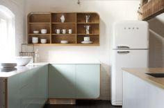 Smeg's FAB50B retro-style fridge-freezer in a beautiful deVOL kitchen. www.smeguk.com, www.devolkitchens.co.uk