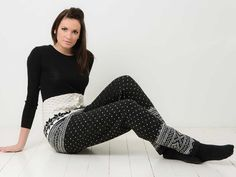 Yes those are knit pants so cute with boots! Katalog 1213 - Viking of Norway