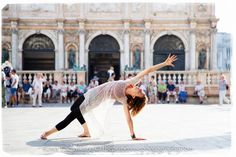 © Rosa Tagliafierro www.theprimerosephotography.com — with Tiziana Rettaroli in Venice, Italy.