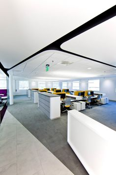 Browse and discover thousands of office design and workplace design photos - tagged and curated to make your search faster and easier. Cool Office Space, Office Space Design, Open Office, Workspace Design, Office Workspace, Small Space Interior Design, Office Interior Design, Interior Exterior, Interior Architecture