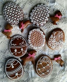 Easter Cookies, Sugar Cookies, Christmas Cookies, Bolacha Cookies, Egg Designs, Cookie Icing, Easter Recipes, Royal Icing, Biscotti