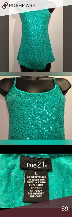 🎉Sparkle green Tank🎉 Bedazzled Green Ladies spaghetti tank top Rue21 Tops Tank Tops