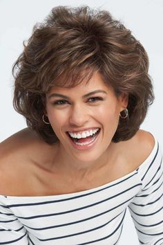 Raquel Welch wigs are the ultimate in glamour. You'll love the instant beauty enhancement achieved from this wide variety of Raquel Welch wigs. Curly Hair With Bangs, Hairstyles With Bangs, Short Hair Cuts, Haircuts, Medium Hair Styles, Curly Hair Styles, Raquel Welch Wigs, Quality Wigs, How To Style Bangs