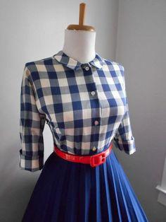 Sale Vintage Navy Blue & White Cotton Plaid by bluebarnvintage
