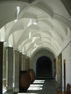 Pousada de Arraiolos Imagine walking through here, journal in hand or perhaps at a writing retreat in portugal Beautiful Architecture, Beautiful Buildings, Architecture Details, Hotel Portugal, Sea Activities, Sunny Beach, Through The Window, Arches, Portuguese