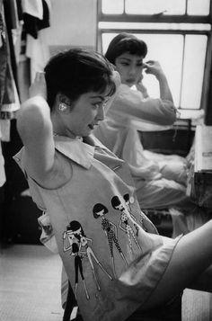 taishou-kun:  Marc RiboudTokyo, Japan - 1958