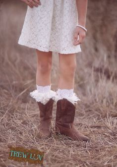 Lacy peekaboo boot toppers by trewluv on Etsy, $23.00