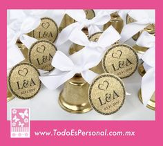 campanas para boda Baby Shower, Place Cards, Place Card Holders, Bell Jars, Honeymoons, Parties Kids, Wedding, Babyshower, Baby Showers
