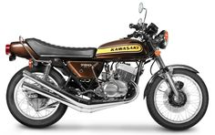 The 50 Greatest Motorcycles of All Time - Motorcycle Life Kawasaki Triple Japanese Motorcycle, Retro Motorcycle, Motorcycle Design, Classic Motors, Classic Bikes, Vintage Bikes, Vintage Motorcycles, Honda Cbx, Motorcycle Manufacturers
