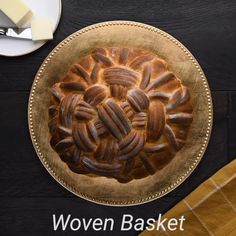 Try out this woven basket design for your next homemade bread loaf! Yeast Biscuits, Bread Cake, Dessert Recipes, Desserts, Food Gifts, Bread Recipes, Food And Drink, Yummy Food, Favorite Recipes