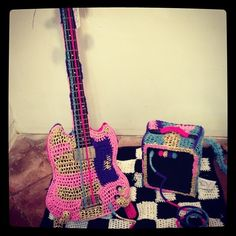 Yarn bombing is music, to my ears!  #minniemoonstone