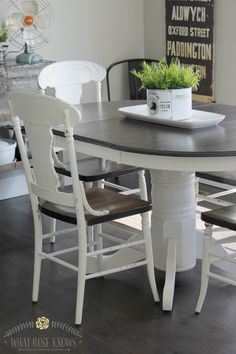 Farmhouse Style Painted Kitchen Table and Chairs Makeover Chalk Paint Kitchen Table and Chairs Refinishing Kitchen Tables, Painted Kitchen Tables, Kitchen Table Makeover, Farmhouse Kitchen Tables, Kitchen Decor, Kitchen Ideas, Modern Farmhouse, Painted Chairs, Painted Floors
