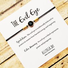 Bracelet Evil Eye avec carte noir Plaqué or bijoux par AllyriaSky