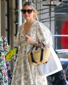 Olivia Palermo Street Style, Estilo Olivia Palermo, Olivia Palermo Lookbook, Beautiful Legs, Beautiful Dresses, Instagram Fashion, Style Icons, Celebrity Style, Autumn Fashion