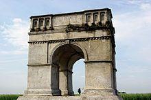 Heidentor (Carnuntum) – Wikipedia