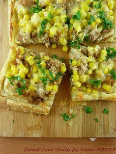 sweet-and-salty: Lisnato testo sa tunjevinom i kukuruzom / Puff Pastry With Tuna And Corn