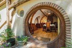 Fans of Lord of the Rings can now live as a hobbit for as little as a night. Shire Hollow is a hand-crafted Hobbit house inspired by the iconic. O Hobbit, Hobbit Hole, Casa Dos Hobbits, Future House, My House, Earth Bag Homes, Fantasy House, Natural Building, My Dream Home