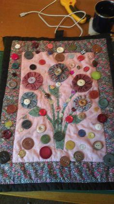 Christchurch fidget ladies, buttons galore