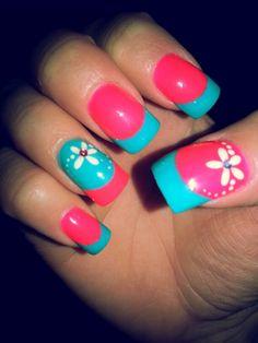 Bright spring nails