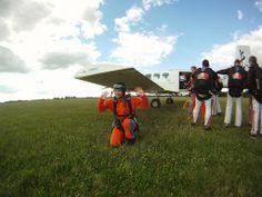 All aboard! #skydiving  http://www.gojump.de/en.html